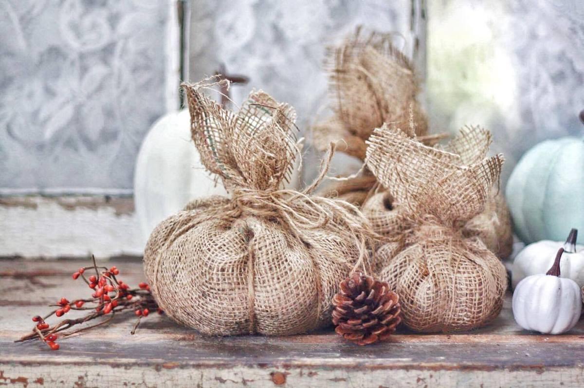 DIY Rustic Burlap Pumpkins